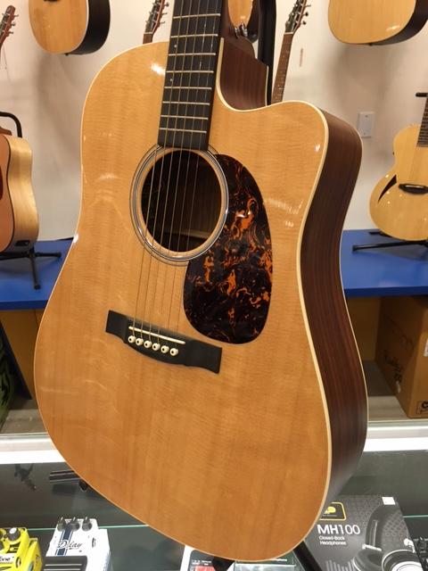 martin custom guitar center performing artist model acoustic guitar outlet. Black Bedroom Furniture Sets. Home Design Ideas